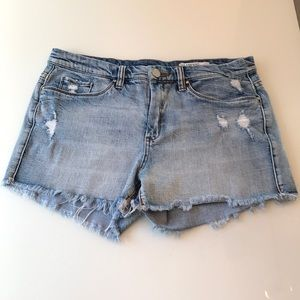 Blank NYC distressed cut off jean shorts!